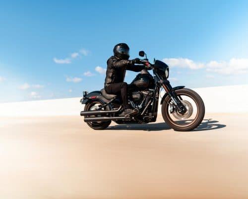201461-my21-fxlrs-riding-1592-2