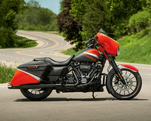 19-touring-street-glide-special-gallery-1